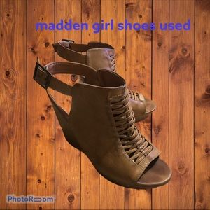 size 10 used madden girl shoes